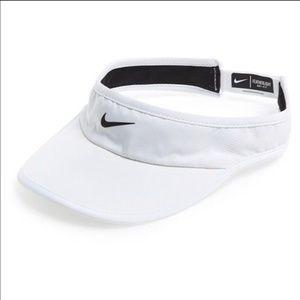 Nike Accessories - Nike Dri Fit White Visor